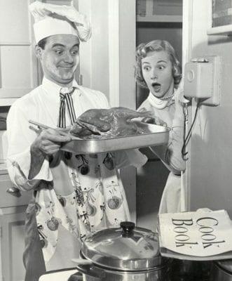 retro_man_cooking1